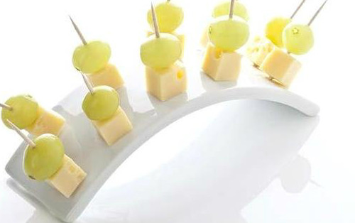 cheese-grapes